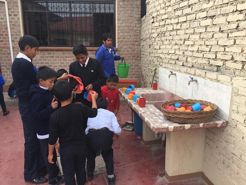 Este mes de Abril el equipo de MiSOL está visitando los proyectos que nuestra organizacion desarrolla en Bolivia (1)
