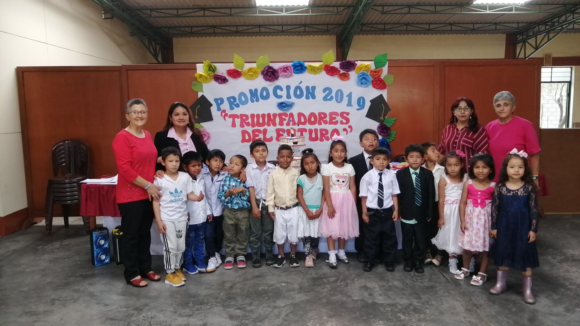 Graduación Colegio Toni Real Vicens (Trujillo)